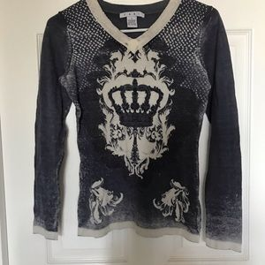 Cabi vneck sweater size small, crown